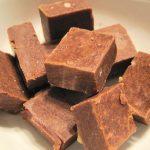 walnut-fudge-672976__340